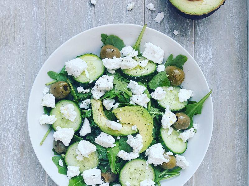 Salade geitenkaas met avocado